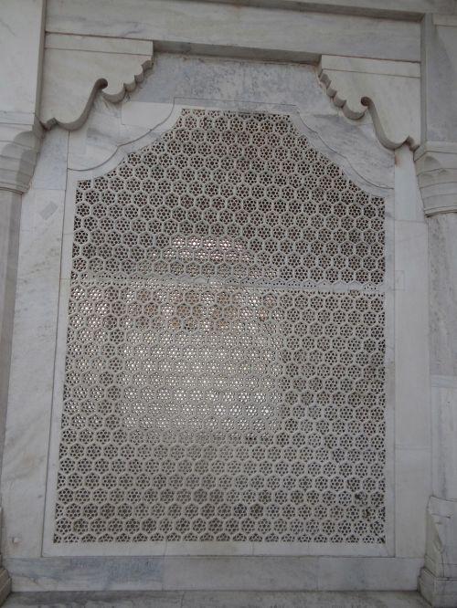 latticework white marble stone