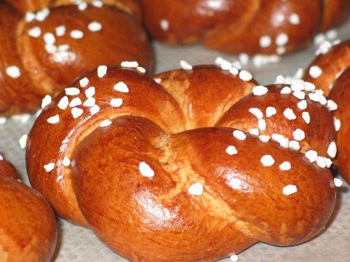 laugenbrötchen pretzels roll