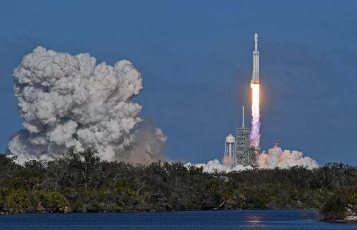 launch spacex falcon heavy
