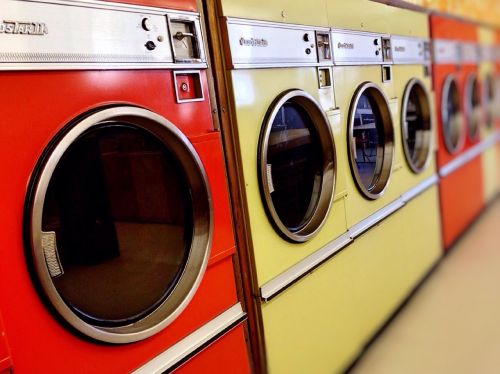 laundromat washer dryer