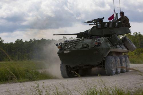 lav-25 armored vehicle apc