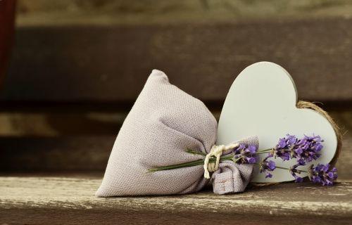 lavender fragrance romantic