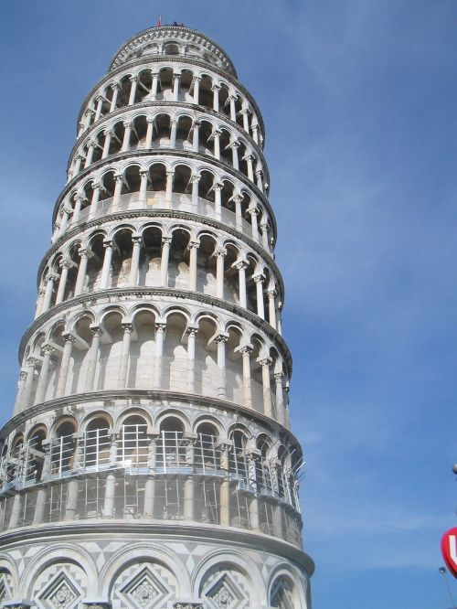 leaning tower of pisa italy leaning tower