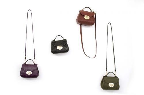 leather handbag woman