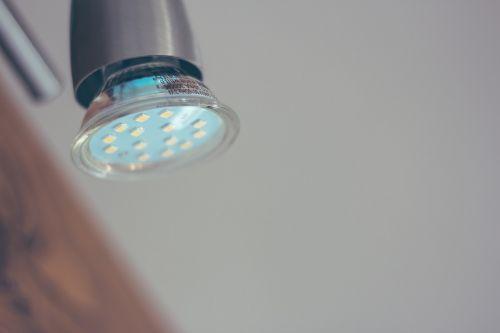 led light bulb energy