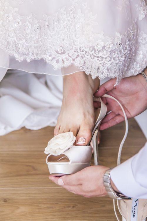 leg woman bride