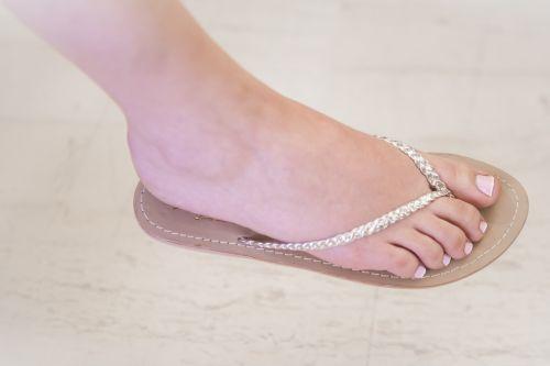 leg woman nail