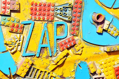 Legos ZAP Graffiti