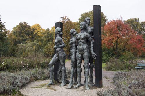 leipzig figures bronze