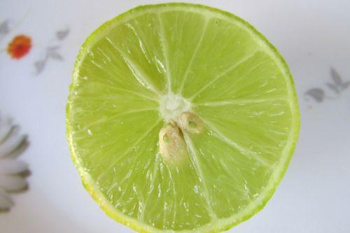 citrina,Citrusinis vaisius,vaisiai,rūgštus,žalias,Indija