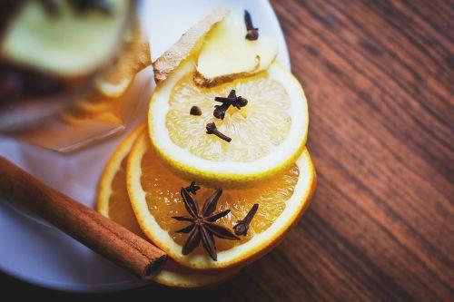 lemon slices cinnamon