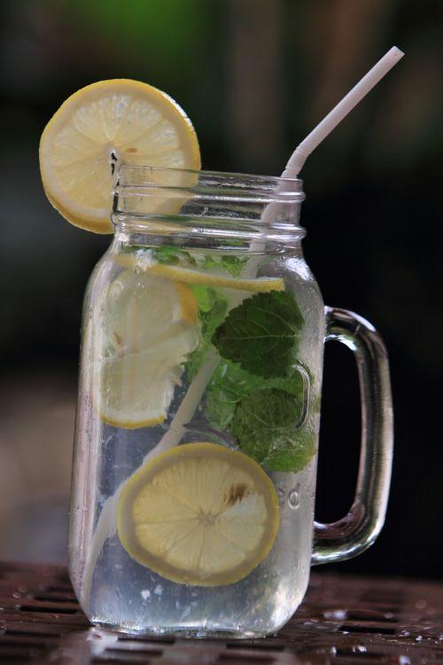 citrina,vanduo,gerti