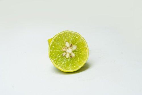 lemon  citric  vitamin c