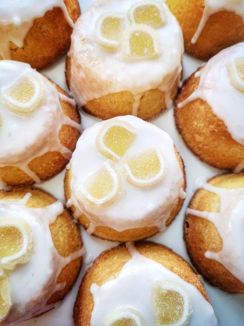 lemon  lemon cakes  lemon polenta cakes