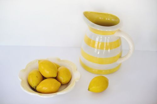 lemons copy space food