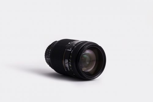 lens zoom opening
