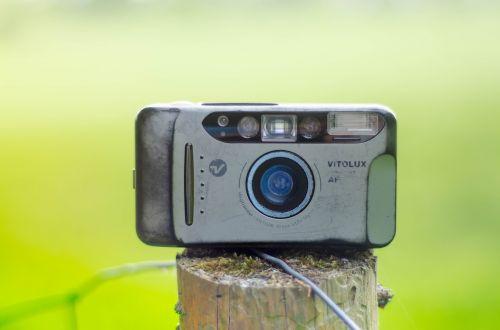 objektyvas, technologija, įranga, vaizdo ieškiklis, fonas, plastmasinis, vaizdas, užraktas, dėmesio, vaizdo įrašas, Vaizdo kamera, senas, priartinti, Žiūrėti televizorių, šiuolaikiška, prietaisas, elektronika, pasenusi, vintage, fotoaparatas, polaroidas, filmas, fotografija, frograf, be honoraro mokesčio
