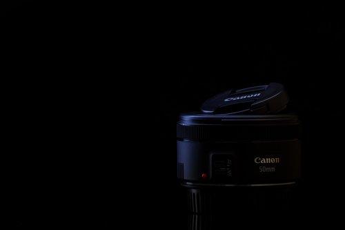 lens  normal  black