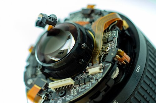 lens  technology  defect
