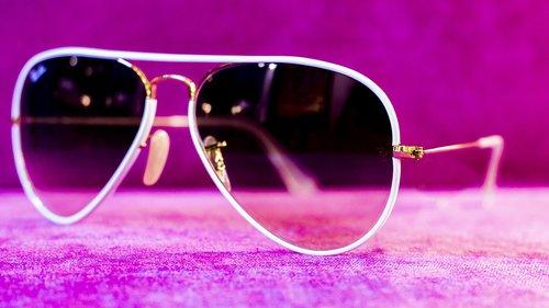 lenses  sunglasses  eyes