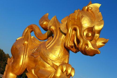 leo statue thailand