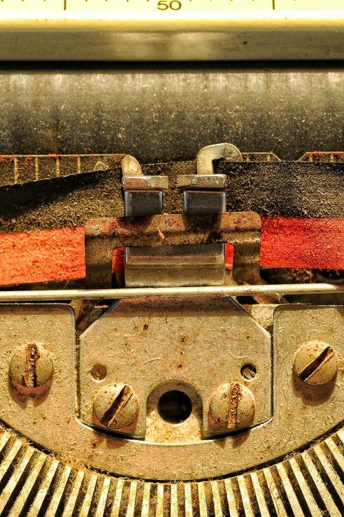letter texture machine