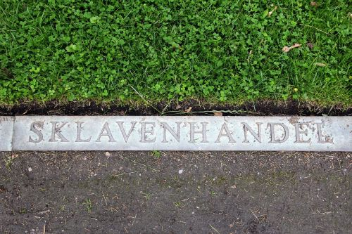 lettering the slave trade slaves
