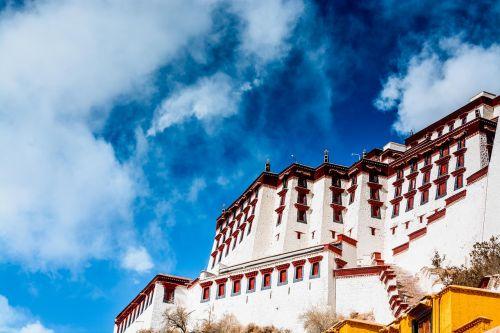 lhasa the potala palace sky