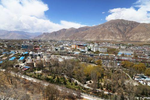 lhasa tibet the potala palace