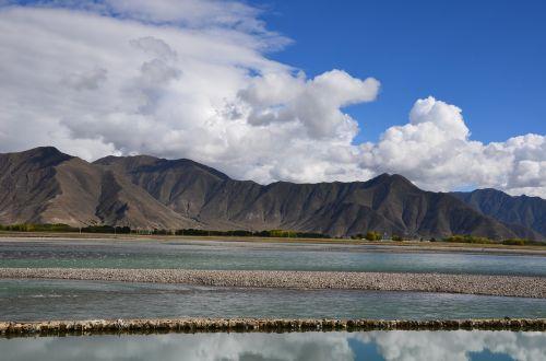 lhasa river tibet mountain