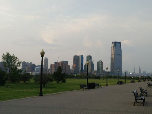 liberty state park jersey city skyline