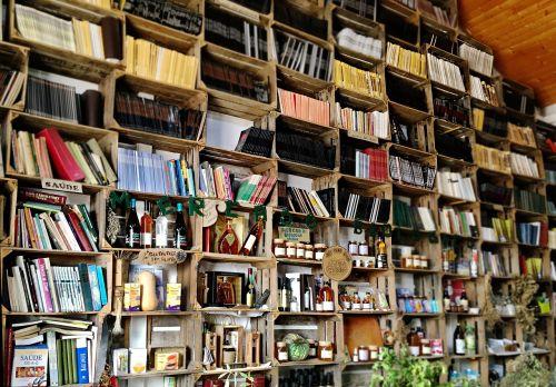 library market books