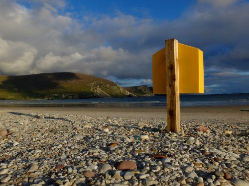 lifebelt beach pebble