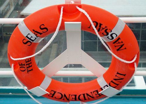 lifebelt ship cruise
