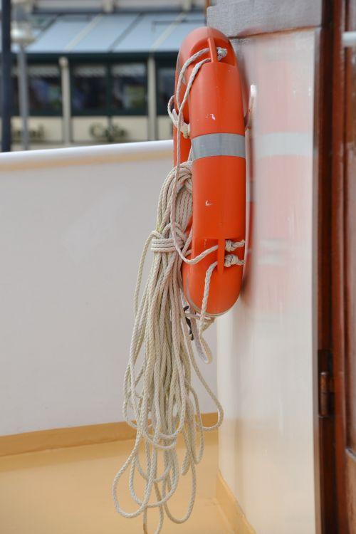 lifebelt ship boot