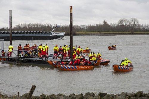 lifeboats  river  boat