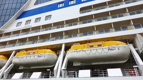 lifeboats  cruise ship  cruise
