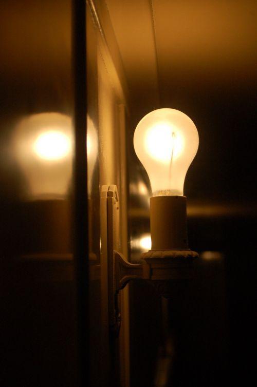 light lightbulb wall