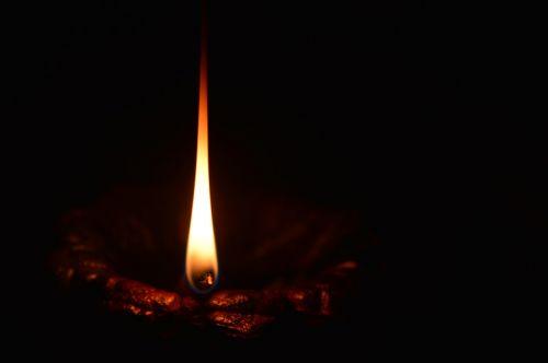 light lamp flame