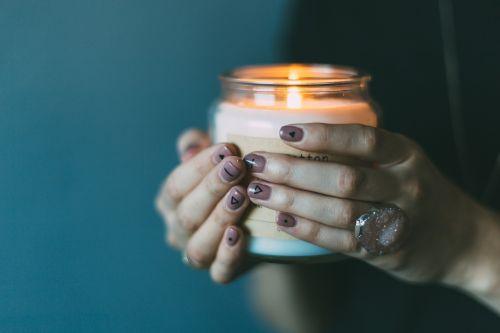light candle girl