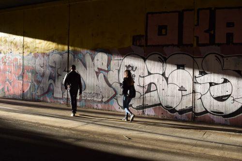 šviesa,tunelis,viltis