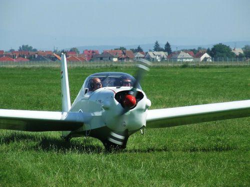 light aircraft flight airport
