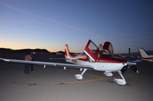 light airplane aircraft aviation