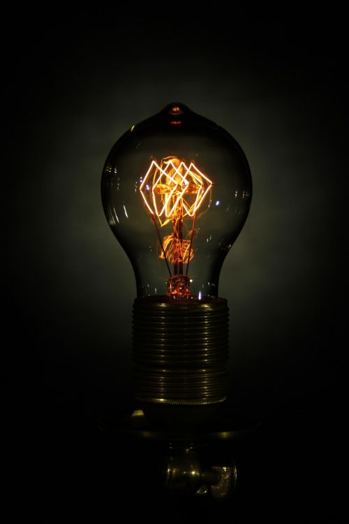 light bulb disappearing edison