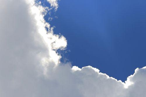 Light On Edge On Cloud