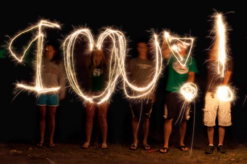 light painting i love you sparklers