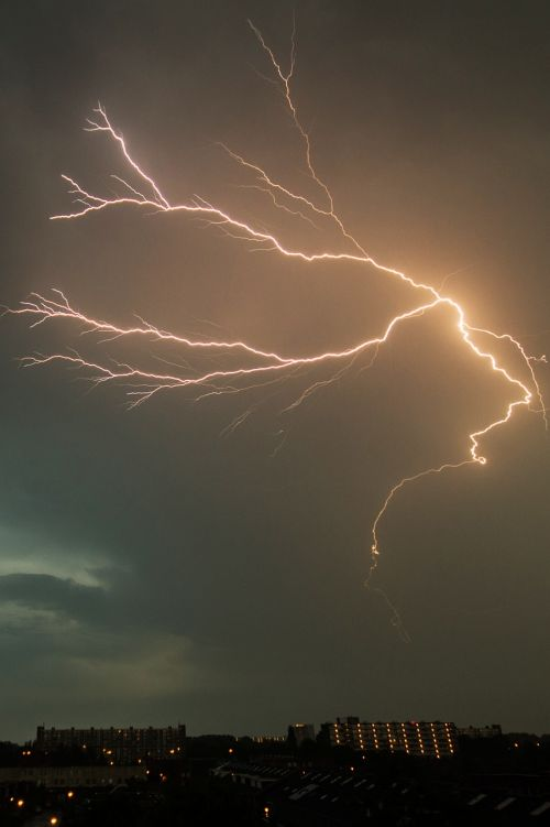 lightening struck bolt