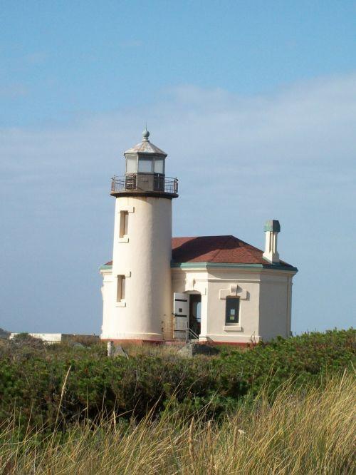 lighthouse coast oregon