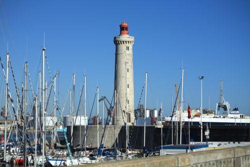 lighthouse sète sea