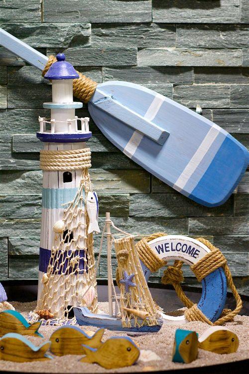 lighthouse lifebelt paddle